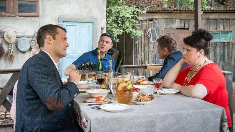 """Кадр из фильма """"Жених"""""""