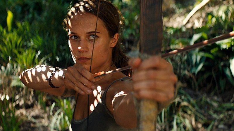 """Кадр из фильма """"Tomb Raider: Лара Крофт"""""""