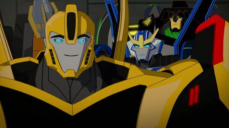 """Кадр из мультсериала """"Трансформеры: Роботы под прикрытием"""""""