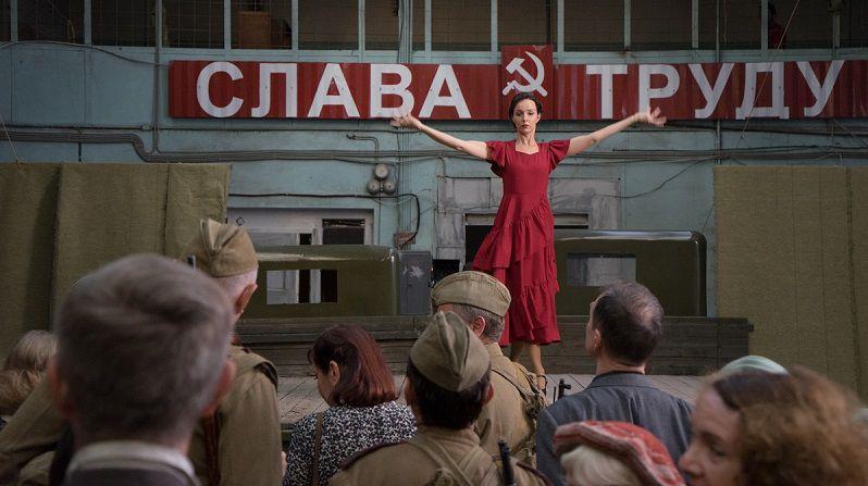 """Кадр из сериала """"Жди меня"""""""