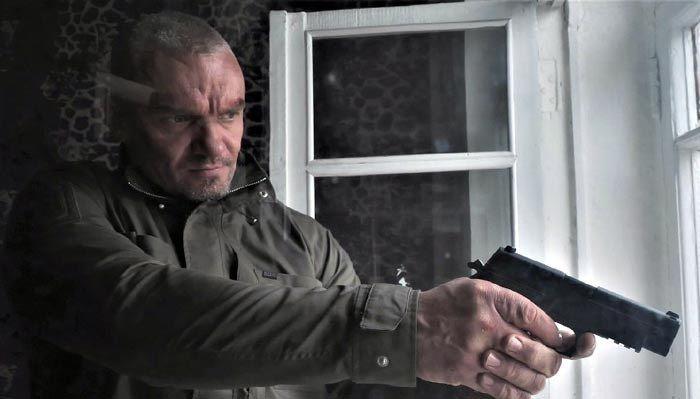 """Кадр из сериала """"Сержант"""""""