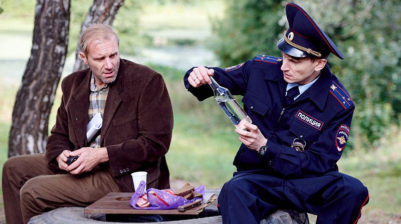 """Кадр из сериала """"Самогонщицы"""""""